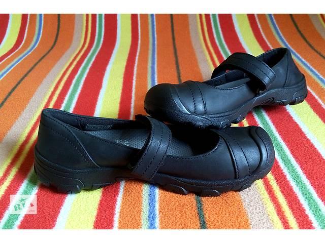 бу Новые КОЖА школьные KEEN Американские туфли девочек отличниц р 31 32 в Киеве