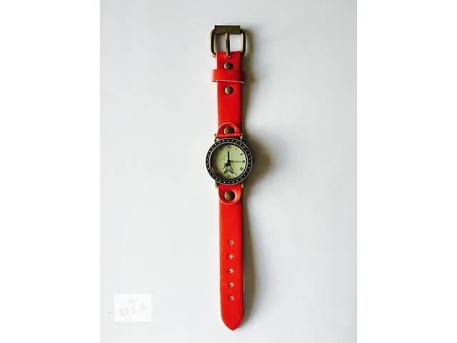 продам Новые стильные часы бу в Днепре (Днепропетровске)