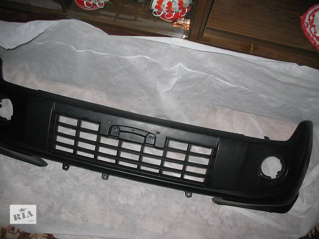купить бу бампер передний  Mitsubishi Pajero Wagon в Киеве