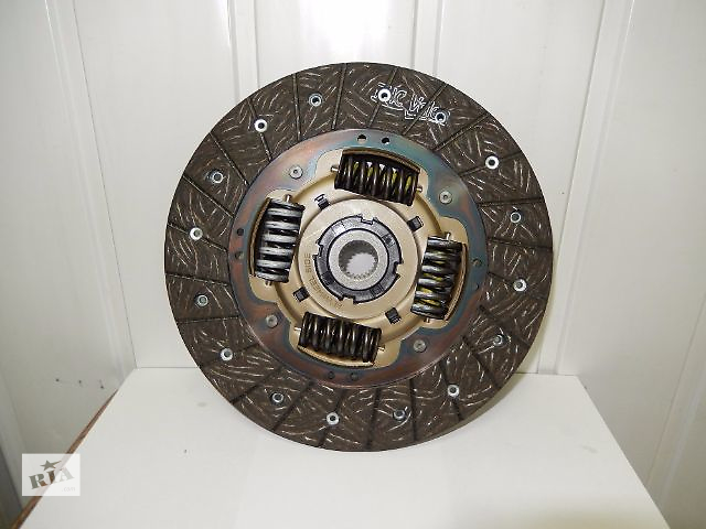 купить бу Новый диск сцепления для седана Kia Cerato  Elantra i30 Ceed 1,4 1,6 в Киеве