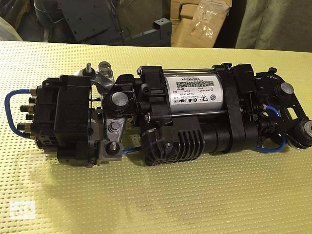 купить бу Новый компрессор 7P0 пневмоподвески для кроссовера Volkswagen Touareg в Киеве