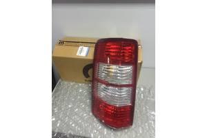 Нові ліхтарі задні Dodge Nitro