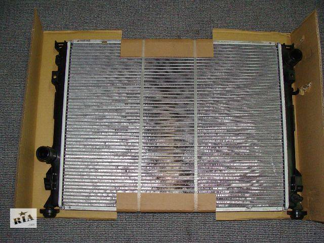 продам Новый радиатор охлаждения двигателя для легкового авто Chrysler 300 С 2005-2010 бу в Киеве