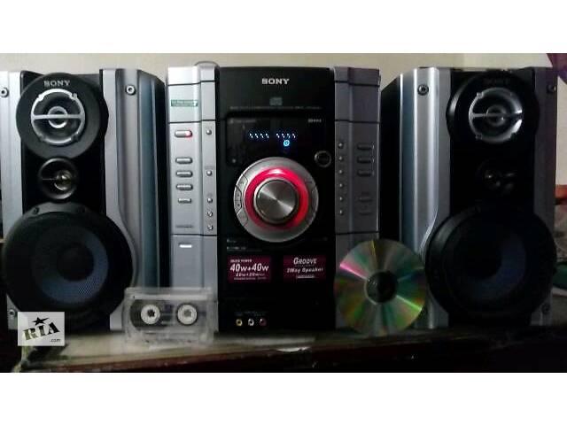 бу новый центр музыкальный Sony + акустика Sony 3х полосная в Киеве