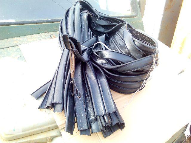 купить бу Резинки Луаз -под рамку -под стекло- под двери ! в Одессе