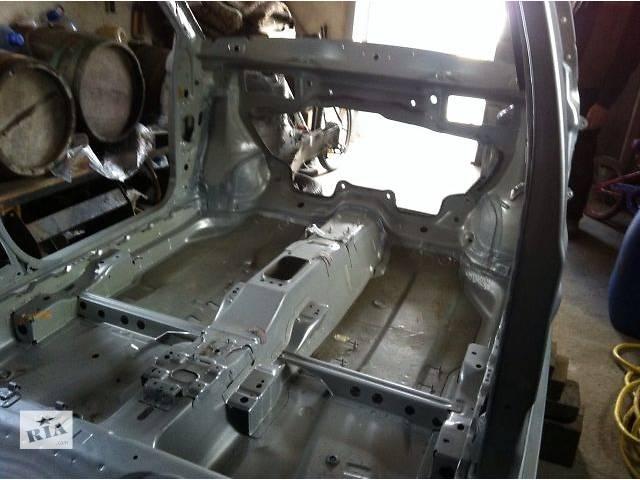 продам новый Детали кузова Кузов Легковой Skoda Fabia Хэтчбек 2010 бу в Ужгороде
