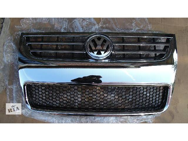 купить бу новый Детали кузова Решётка радиатора Легковой Volkswagen Touareg 2009 в Ковеле