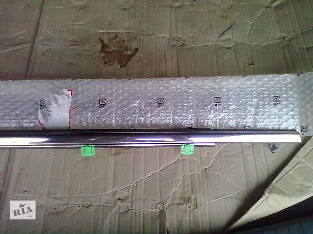 продам Новый Двери/багажник и компоненты Молдинг двери Легковой Honda CR-V Кроссовер 2009 бу в Донецке