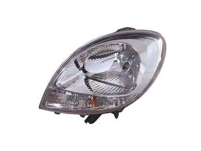 купить бу новый Электрооборудование кузова Фара  Renault Kangoo 03-08р. в Луцке