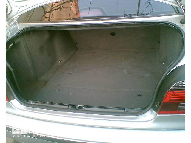 продам Отделка багажника для BMW 535 бу в Ужгороде