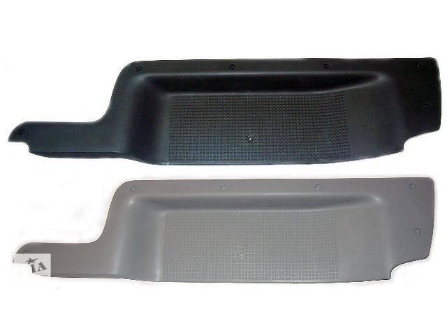 бу Облицовка порога для Opel Vivaro пассажир (8200041182 / 8200417613) в Чернигове