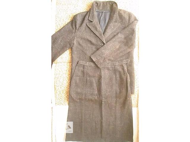 продам Одежда  (женский костюм) бу в Апостолово