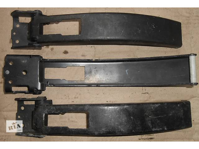 купить бу Ограничитель двери, фиксатор Фольксваген Крафтер Volkswagen Crafter 2006-10гг. в Ровно