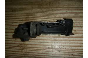 б/у Ограничитель двери Renault Kangoo