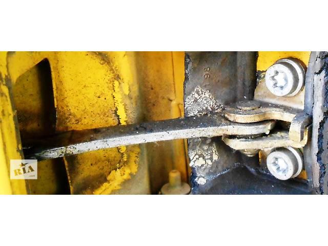 Ограничитель передней двери Mercedes Sprinter 903, 901 (96-06гг) 208 - 616- объявление о продаже  в Ровно