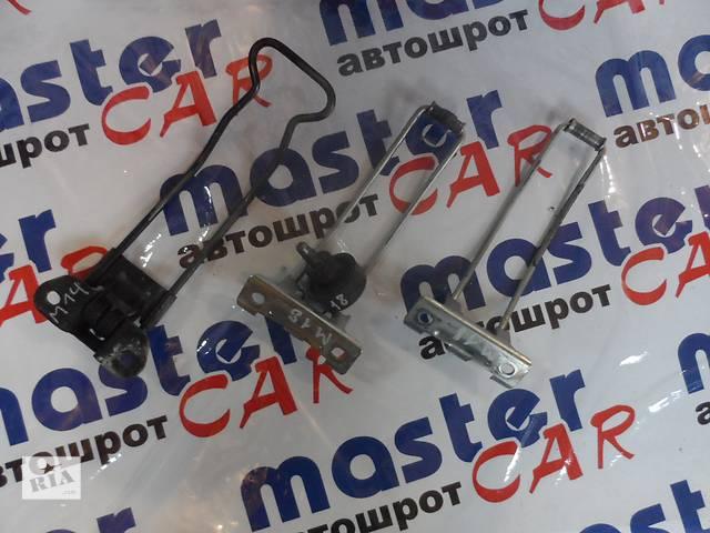 купить бу Ограничитель разпашных дверей на Рено Мастер Renault Master Опель Мовано Opel Movano 2003-2010 в Ровно