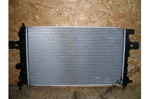 Радиатор Opel Zafira