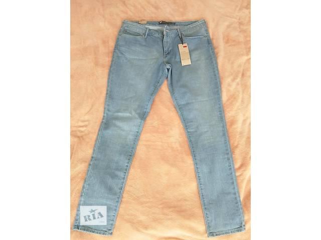 Оригинальные женские джинсы Levis голубого цвета, Размер 32- объявление о продаже  в Киеве