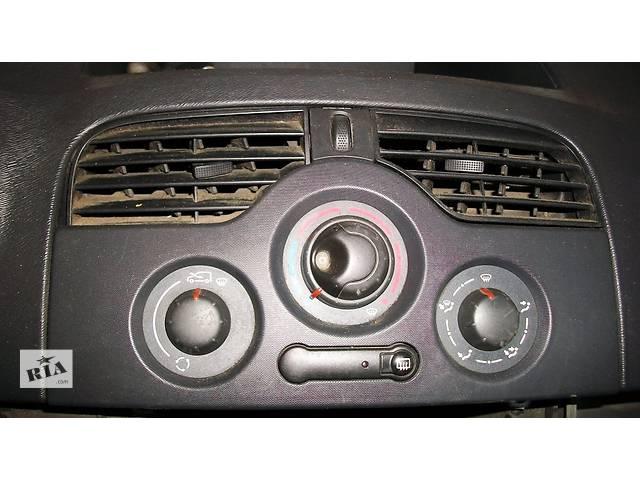 бу Б/у Блок управления печкой/климатконтролем Легковой Renault Kangoo 2009 в Рожище