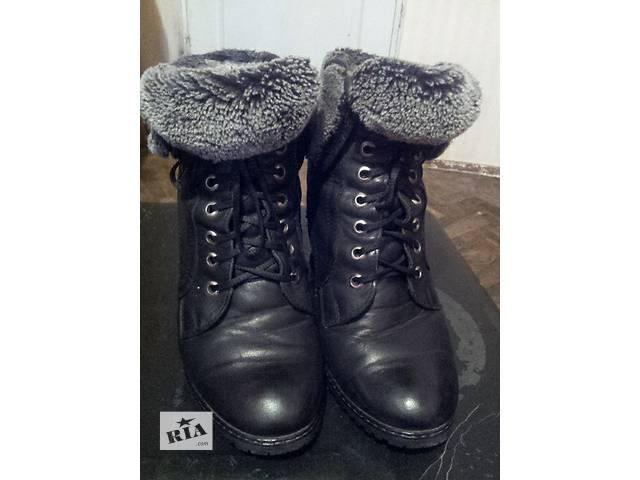 продам Осенние сапоги-ботинки на каблуке бу в Киеве