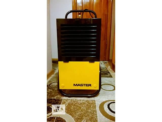 продам Осушувач повітря Master DH 752 бу в Львове
