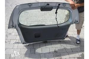 Карты крышки багажника Mitsubishi Colt