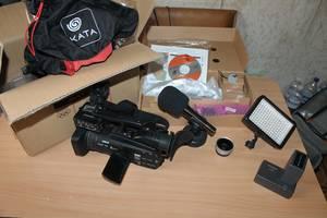 б/у Профессиональные видеокамеры Panasonic AG-HMC41EU