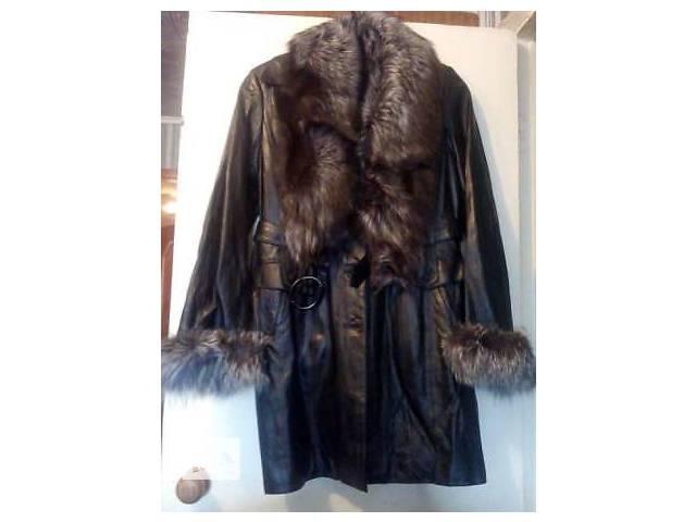 Пальто натуральное с мехом Чернобурки- объявление о продаже  в Киеве