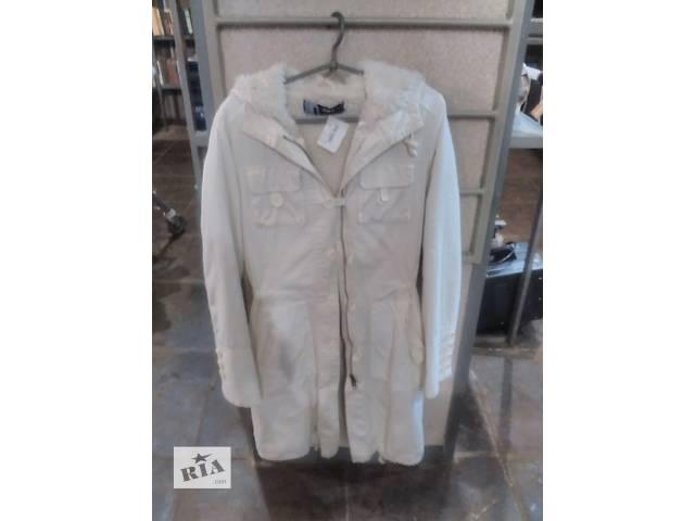 продам Пальто женское бу в Измаиле