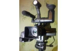 б/у Профессиональные видеокамеры Panasonic NV-MD10000
