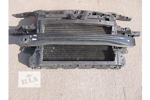 Панели передние Volkswagen Caddy