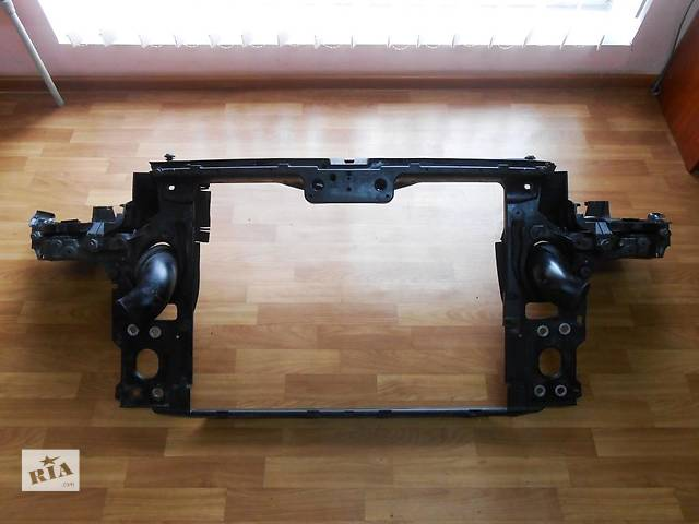 продам  Панель передняя телевизор Volkswagen Touareg (Фольксваген Туарег) 2002-2009p. бу в Ровно