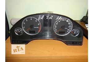 б/у Панель приборов/спидометр/тахограф/топограф Audi A8