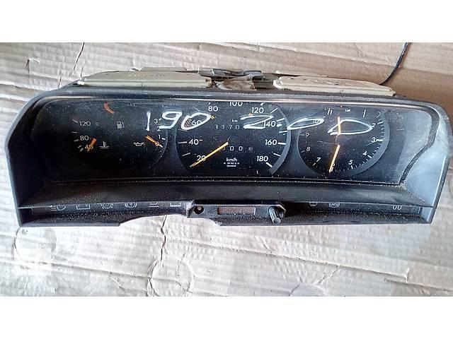 купить бу панель приборов для Mercedes 190 2.0d 2015432222 в Львове