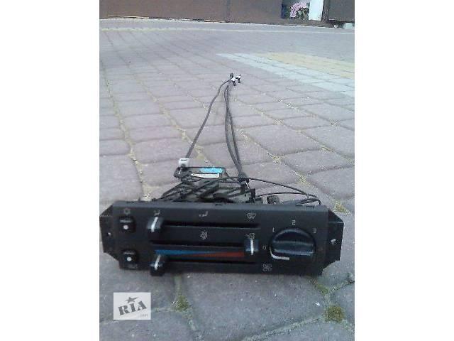 купить бу панель регулировки потока воздуха Volvo FH в Ужгороде