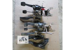педалі газу Ford Mondeo