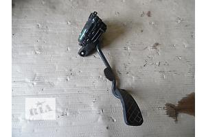 б/у Педаль газа Skoda SuperB