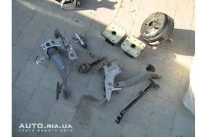 Педали газа Chevrolet Evanda