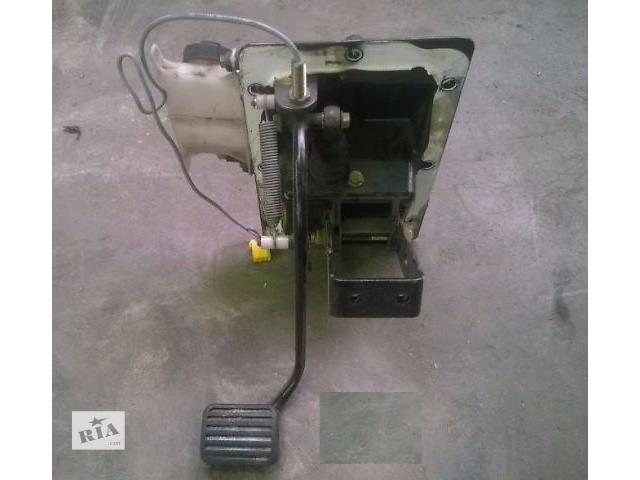 продам Педаль сцепления в сборе  для грузовика Daf CF 65\75\85  2005 г. евро 3. бу в Кременчуге
