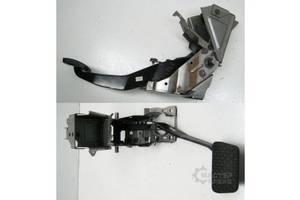 б/у Педаль тормоза Mazda CX-7