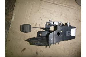 б/в Педаль тормоза Renault Master