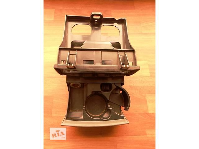 Пепельница Mercedes Sprinter 906, 903 (215, 313, 315, 415, 218, 318, 418, 518) 1996-2012- объявление о продаже  в Ровно
