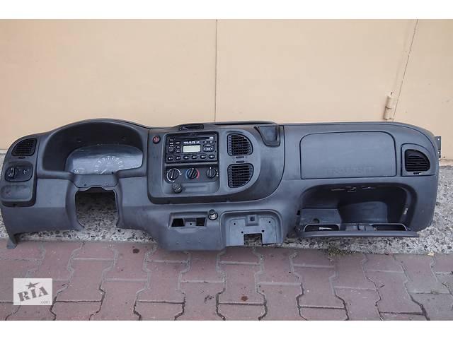 передняя панель \торпедо\на форд транзит с 2000по 2006рв комплектная- объявление о продаже  в Черновцах