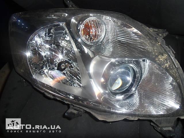 бу Передние фары для Toyota Auris в Коломые