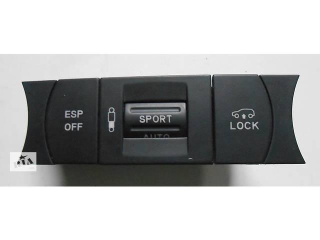 купить бу Переключатель ESP и регулировка подвески Volkswagen Touareg Туарег 7L6927225E 2003 - 2007 в Ровно