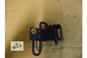 б/у Петли двери Skoda Octavia Tour