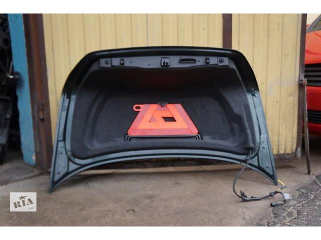 продам  Петля крышки багажника для легкового  Mercedes S-Class  220 бу в Ровно