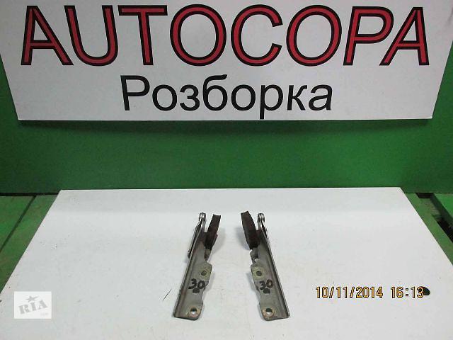 продам Петля капота для легкового авто Mitsubishi Lancer бу в Львове