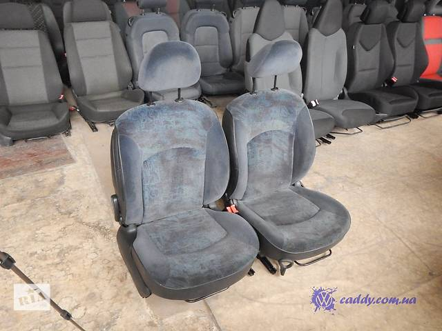 продам Peugeot 206 - передние откидные сиденья бу в Киеве