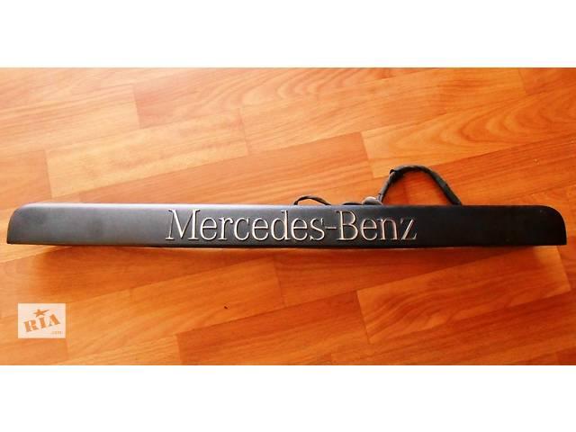 Планка, ліхтар підсвічування номера на ляду Мерседес Віто Віто (Віано Віано) Merсedes Vito (Viano) 639- объявление о продаже  в Ровно